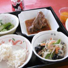 【美食の街でグルメ旅!☆台湾弁当☆】 (5月17日昼食)
