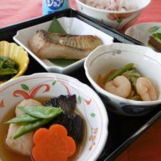 【令和元年お祝い弁当】(5月16日昼食)