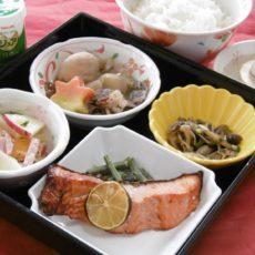 【まるごと山形弁当】(11月5日昼食)